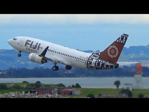 Fiji Airways B737-7X2(WL)   Takeoff Auckland Airport   DQ-FJF