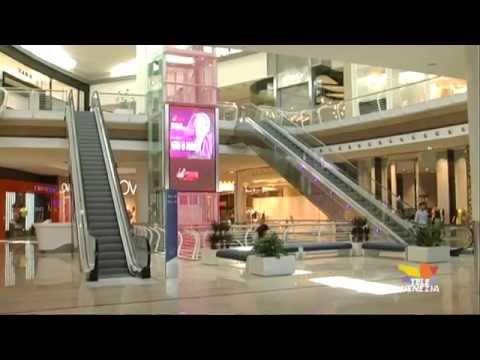 Inaugurato il centro commerciale