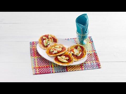 Tortillapizza's met chorizo & avocado – Allerhande