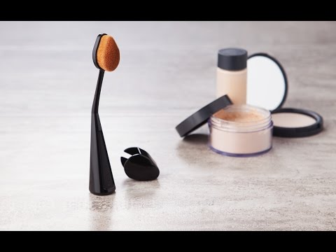 Cailyn Cosmetics - Makeup Brushes