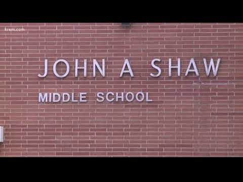 Substitute teacher passes away at Shaw Middle School (10/03/18)
