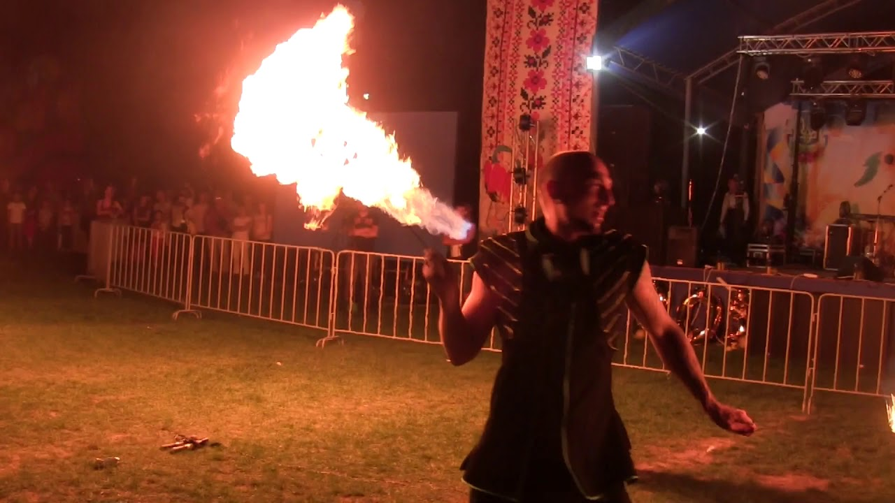 Фаер-шоу на Бессарабской ярмарке-2019 + фейерверк