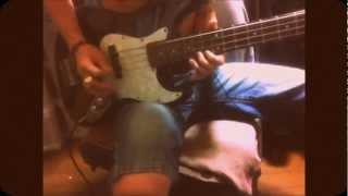 The StrokesのIs This ItのBassを弾いてみた 呑んでいたらコノ曲のベー...