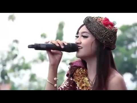 Jihan Audy - Ojo Nguber Welase New Pallapa