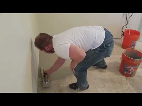 SELF LEVELING A ROOM FROM THE INSIDE WITH COMPOUND