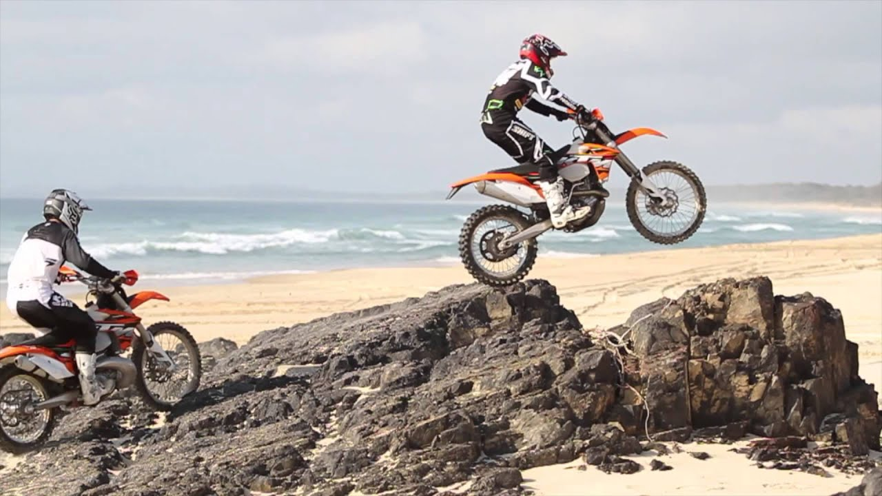 Ktm Motocross Wallpaper Hd Riding The High 300 Exc Vs 450 Exc Youtube