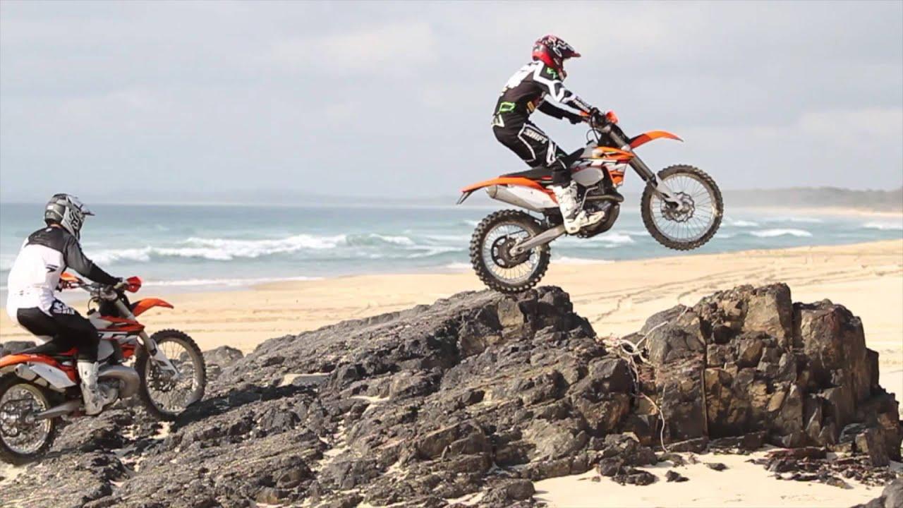 Ktm Motocross Wallpaper Hd Riding The High 300 Exc Vs 450 Exc Youtube