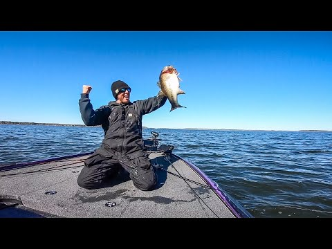 Huff Wins with a Jigging Spoon on Toledo Bend