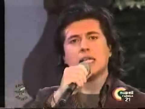 Stefano Larizza canta
