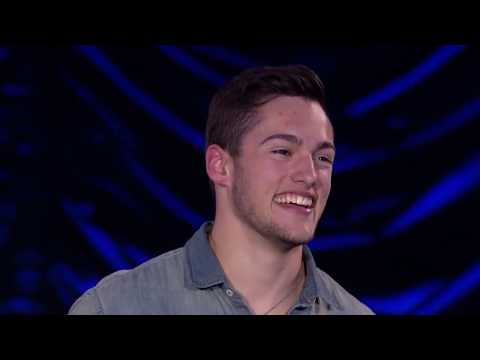 Garrett Jacobs - Lucky with Colbie Caillat on American Idol