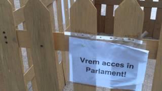 Nu era nimeni în țarcul de la #Parlament, nici alături