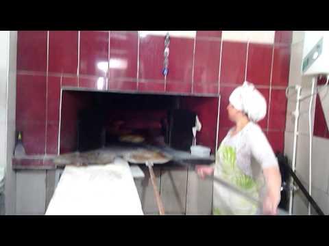 yalvaç yöresel ekmekleri  hamursız  yağlı  haşhaşlı  yalvaç  fatih çakırca 2014
