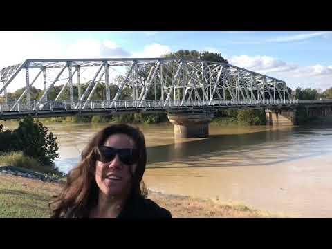 Hometown Visit VLOG | Greenwood MS | Yazoo River & Skateboarding