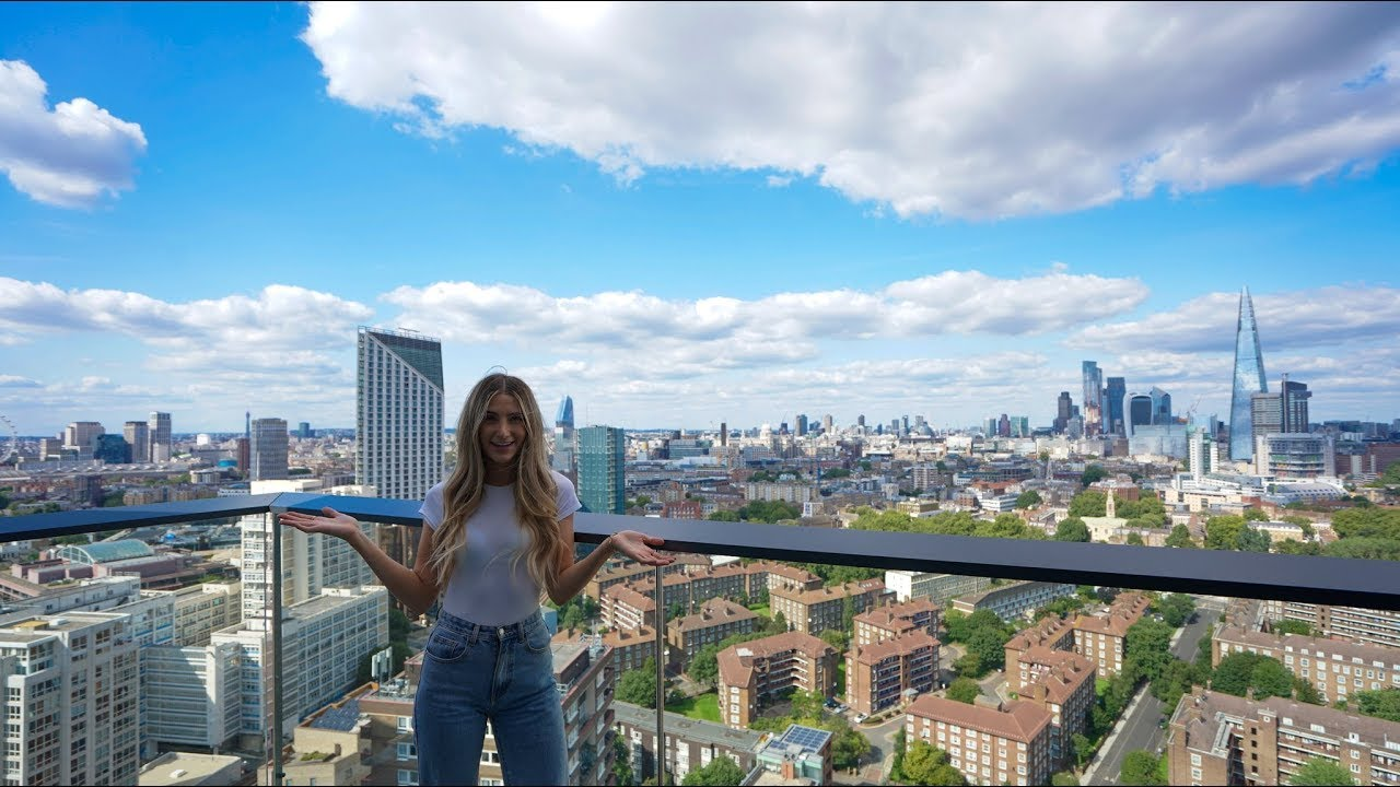 What £3,110 per month gets you in London (Zone 1) *2 bed apartment tour with amazing views 😍🏙️*