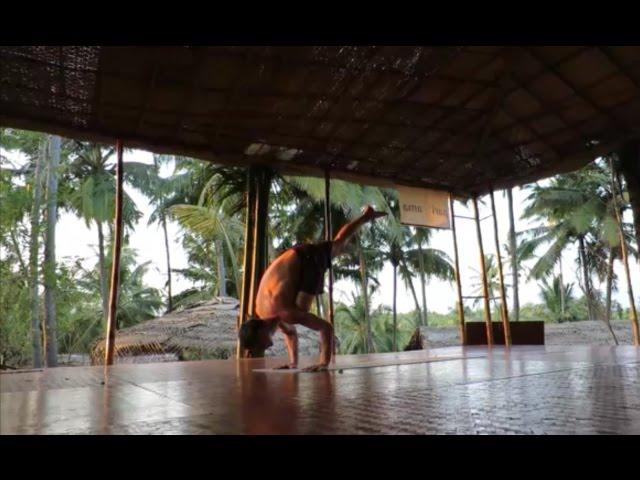 Yogi Kaivalyananda Yoga Demo in Goa 2017