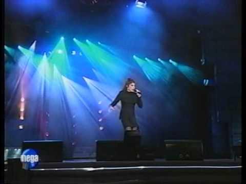 Laura Branigan - Gloria LIVE in Chile (HQ) 1996