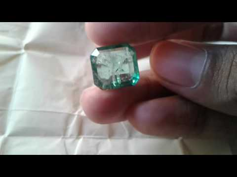 Colombian emreald 10.62 carats available for sell interested buyers call me +918078688505