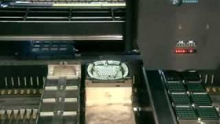 Как собирают процессоры(Небольшой фрагмент видео с канала Discovery о том, как собирают процессоры, имея только печатную плату и