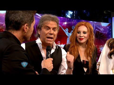 """""""¡Peinate, viejo!"""": Beto Casella debutó en el Bailando con un picante cruce con Nacha Guevara"""