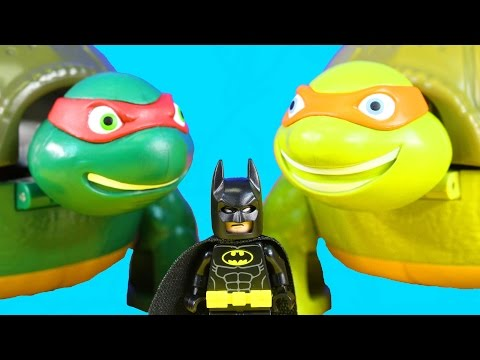 The Lego Batman Movie Batman & Robin Visit Teenage Mutant Ninja Turtles TMNT Village