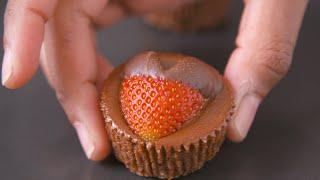 Strawberry Heart Chocolate Cheescake Bites