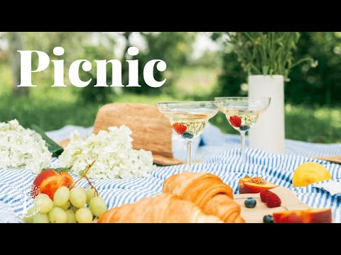 Picnic [ASMR] [Girlfriend] [Roleplay] [Romantic] [Mouth Sounds] [Rain]