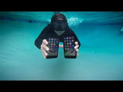 Thumbnail: iPhone 7 and Apple Watch Series 2 Underwater Tests