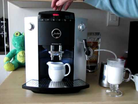 Making a caffe latte with a jura impressa f50 youtube for Kaffeevollautomat 200