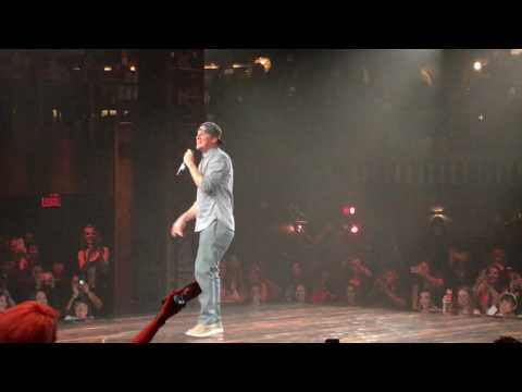 Channing Tatum makes surprise appearance at 'Magic Mike Live'