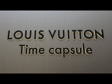 What's Inside The Louis Vuitton Time Capsule || Milan Italy ||