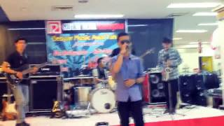 Video AMINOR band live Perform @RAMAYANA Cover UNGU ( Cinta Gila ) download MP3, 3GP, MP4, WEBM, AVI, FLV Oktober 2017