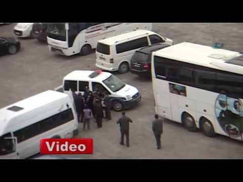 Kars'ta öğrenci kavgası kameraya böyle yansıdı