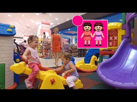 Бесплатные развлечения для детей в Central Festival Pattaya.   Мы играем