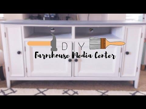 D I Y  Farmhouse Media Console