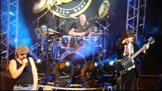 chris slade acdc and easy dizzy shoot to thrill