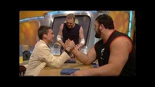 Armdrücken gegen den Giganten - Mr Band Teil 5 - TV total