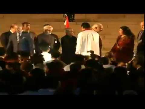 Narendra modi meets Nawaz sharif, Hamid karzai and other saarc Leaders