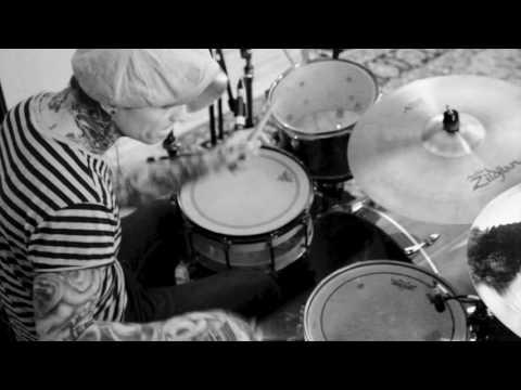 """""""Ca Mousse"""" Steve Forrest Drumming"""