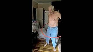 Дед - мастер спорта по обручу. Как крутить обруч