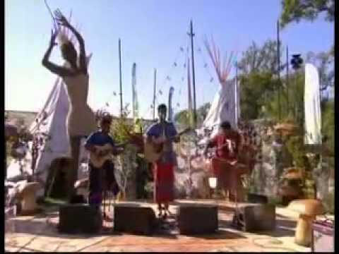 HN Bhaskar with Raghu Dixit 'No Man Will Ever Love You, Like I Do' Glastonbury 2011