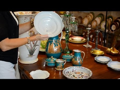 How to Identify Collectible Stoneware Pottery : Antique Glas