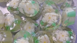 #59 Relax and watch the Making of Crystal Magnolia Candies at Lofty Pursuits.