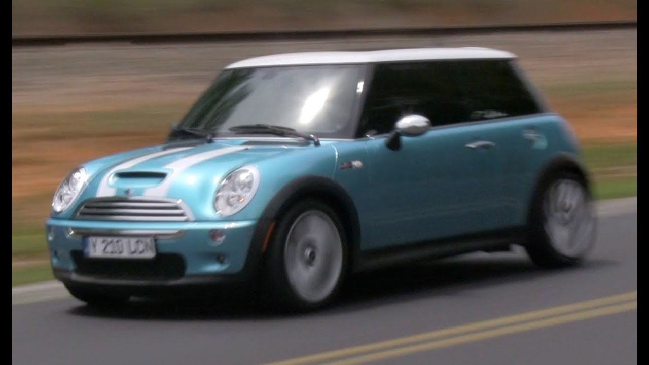 2005 Mini Cooper S R53 6spd Start Up Exhaust Test Drive and