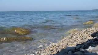 Черное море - рассвет на диком пляже(Пять минут Черного моря. Просто плеск волн. Утро, дикий пляж в 5 км от Архипо-Осиповки. Также смотрите видео,..., 2014-08-06T08:41:14.000Z)