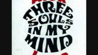THREE SOULS IN MY MIND ADICTO AL ROCK AND ROLL