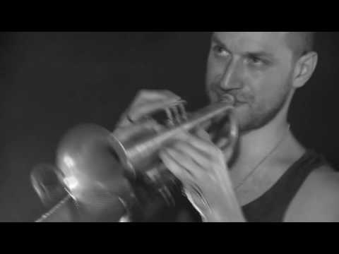 Pink Freud plays Autechre - BASSCADET [live]
