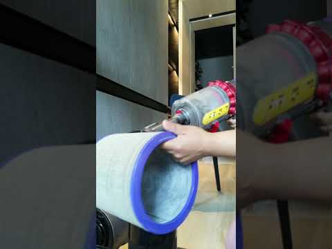 How to clean the dyson electric fan