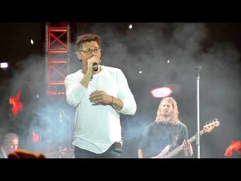 a-ha - The Living Daylights (Olympijskiy Stadium, Moscow, Russia , 12.03.2016)