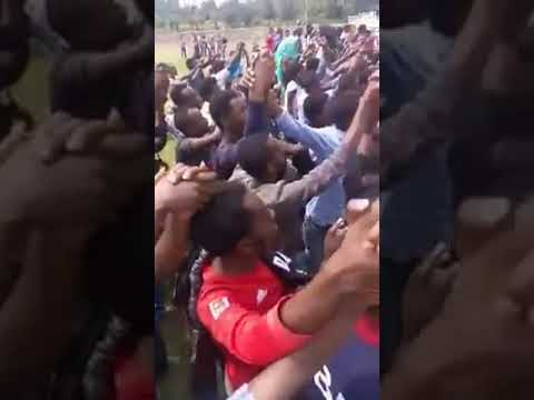 Ethiopia :Ambo University Students demonstration for demise of the TPLF regime thumbnail