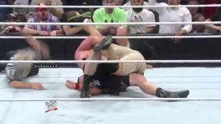 Brock Lesnar Wins the WWE World Heavyweight Title
